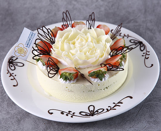 Techniques of cake decoration