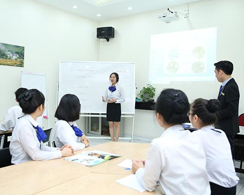 Hospitality management students are majoring in English